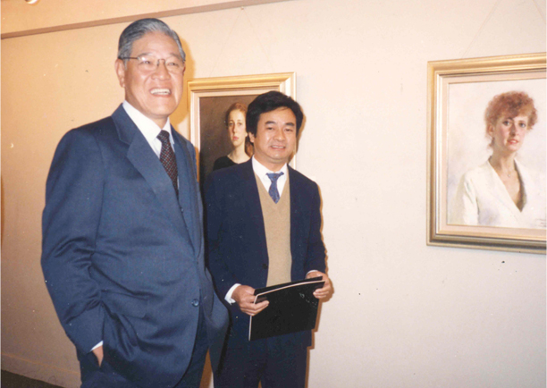 Former Taiwan president Lee Tung-Hui visiting solo exhibition in Taipei 1987